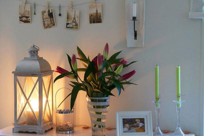 liljor i en vas