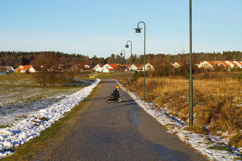 Cykling en vinterdag i december