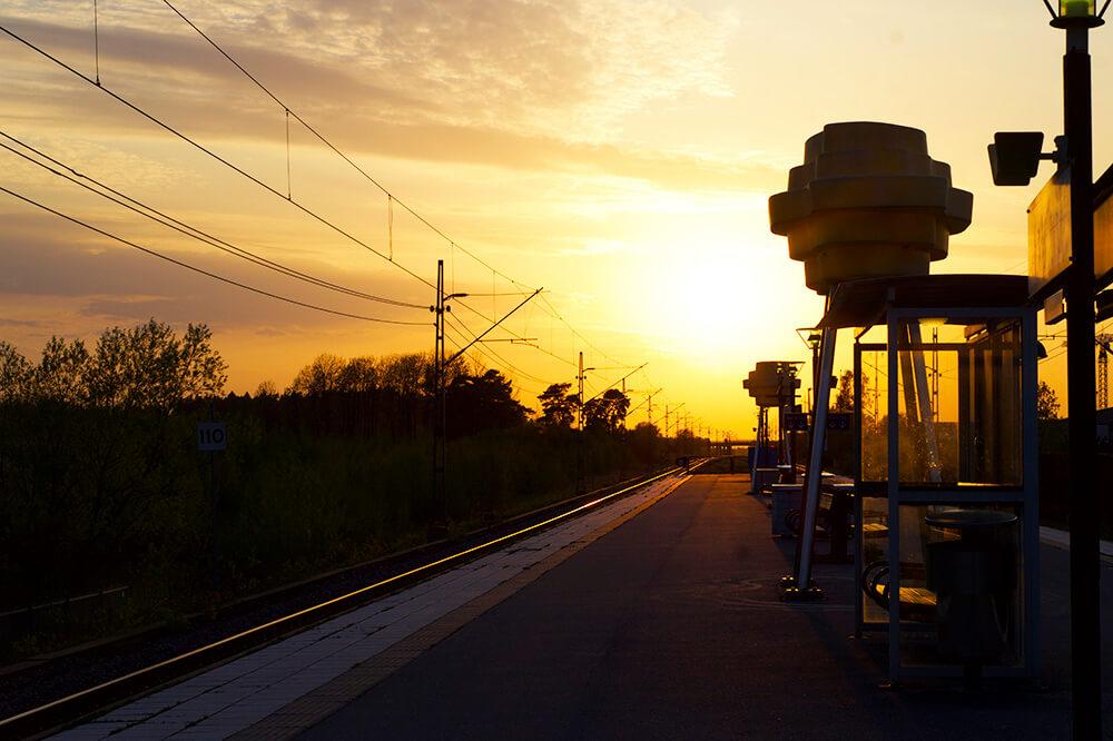 solnedgång på stationen